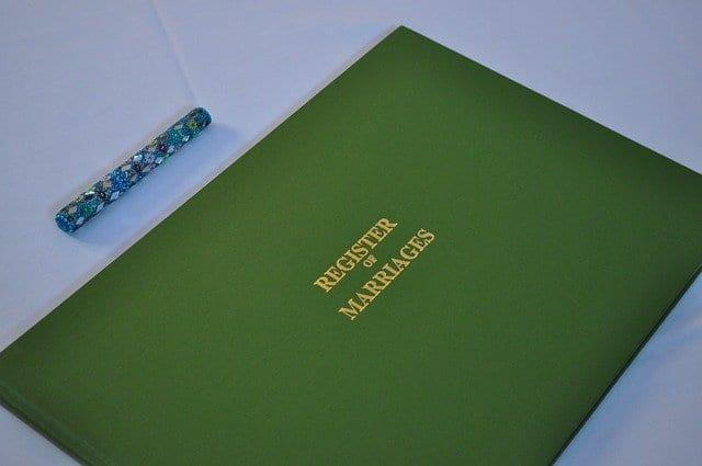 Cara Fotocopy Buku Nikah untuk Legalisir